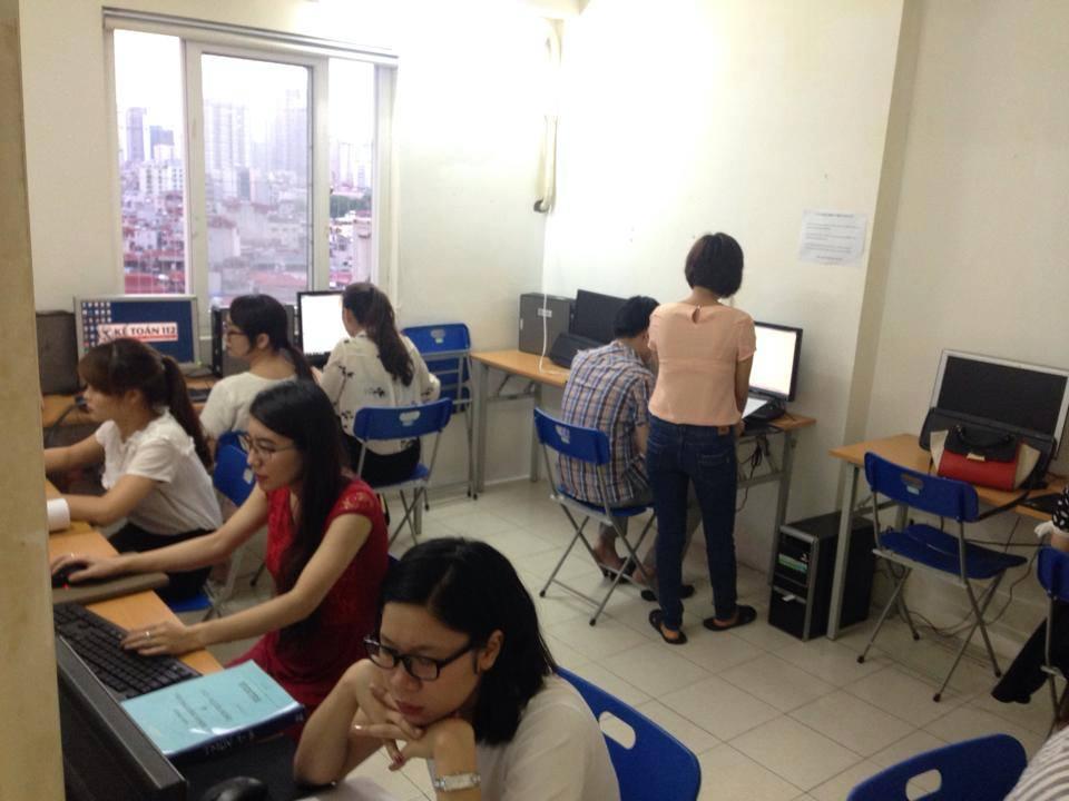 chương trình tuyển thực tập sinh marketing online